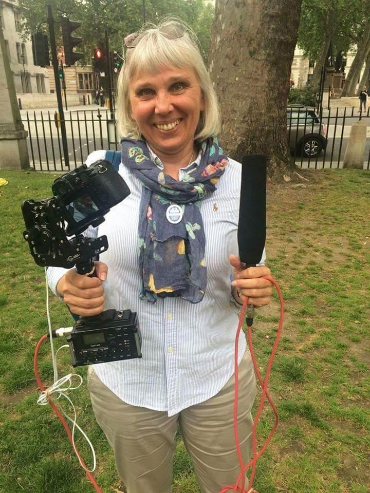 Liudmila Saburova - tourist guide in England